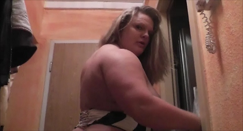 German Shehulk Anna Konda the Naturalborndom FBB, BBW, Strongwoman